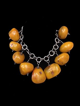 Tibetan Amber Necklace (HM204)
