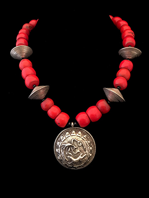Asian Assemblage Necklace (BR264)