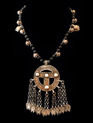 Matte-Black Onyx Necklace with Nubian Elements (BR266)