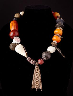 Trade Bead Necklace (0173)
