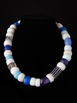 Trade Bead Necklace (0175)
