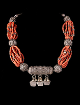 Trade-Bead-Necklace-0186.th