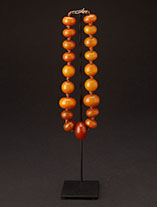 ambernecklace0942.th.jpg